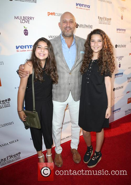 Jeff Wachtel and Daughters 7