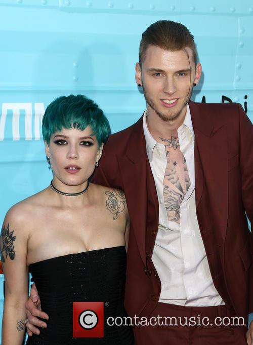Halsey and Machine Gun Kelly 1