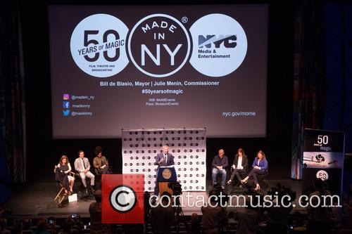 Robert De Niro, Bill De Blasio, Alicia Keys, John Leguizamo, Jane Rosenthal, Julie Menin and Alicia Glen 5