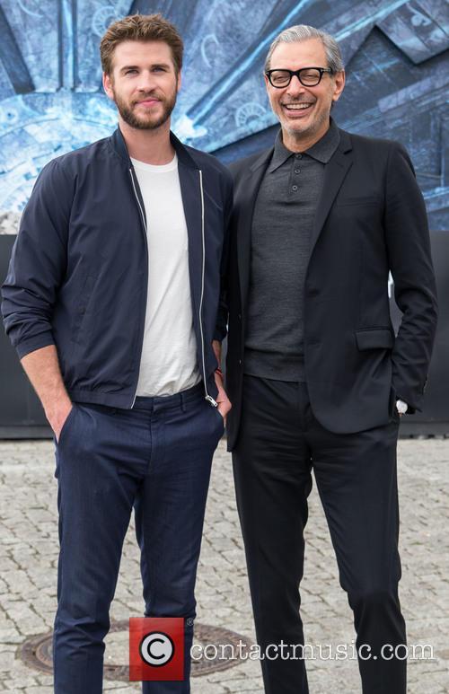Chris Hemsworth and Jeff Goldblum 11