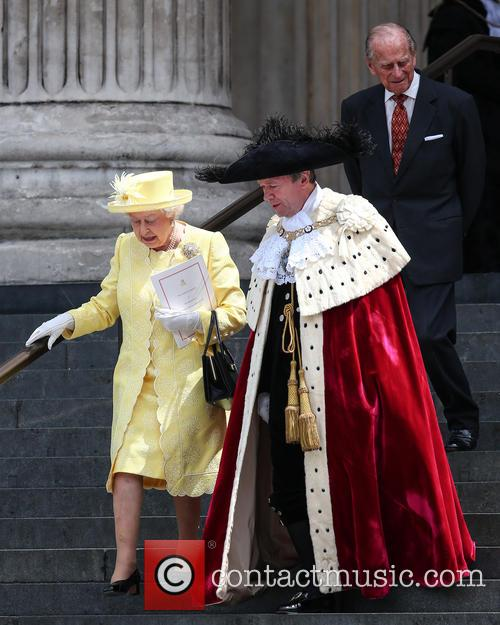 Queen Elizabeth Ii, Lord Mayor Of London Jeffrey Evans, Prince Phillip and Duke Of Edinburgh 5