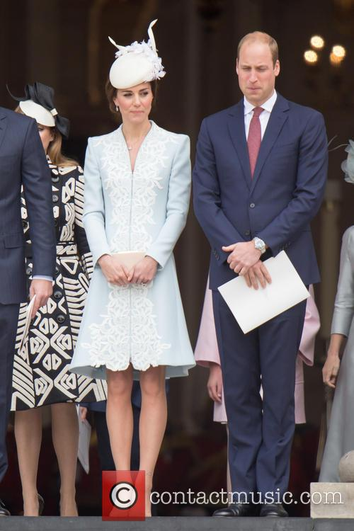 Prince Harry, Queen, Kate, William and Kate Middleton 11