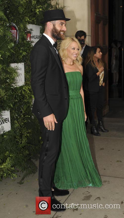 Joshua Sasse and Kylie Minogue 3