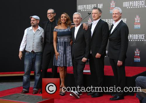 John Storey, Jeff Goldblum, Vivica A. Fox, Roland Emmerich, Bill Pullman and Brent Spiner