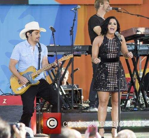 Brad Paisley and Demi Lovato 8