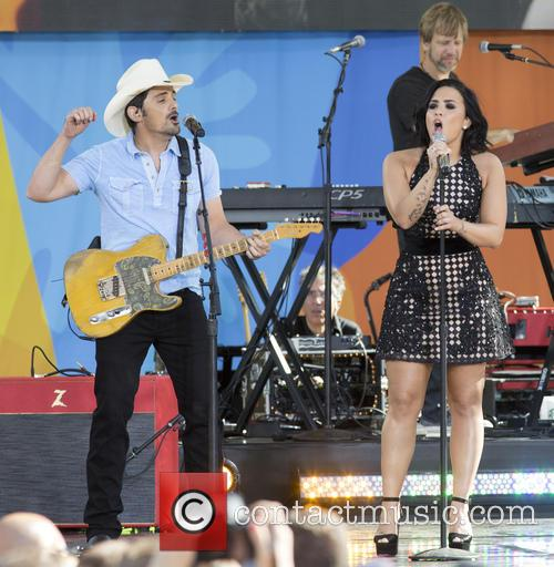 Brad Paisley and Demi Lovato 11