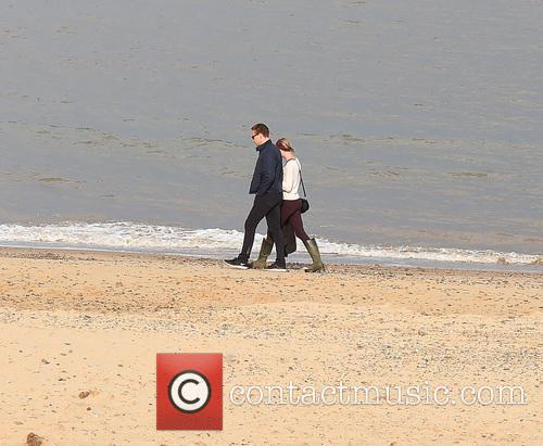 Taylor Swift and Tom Hiddleston 7