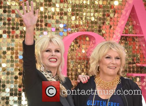 Jennifer Saunders and Joanna Lumley 4
