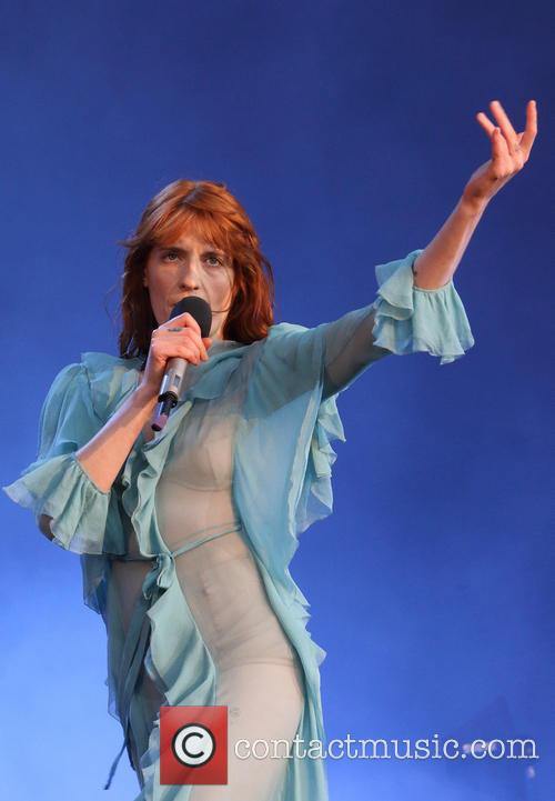 Florence + The Machine, The Machine and Florence Welch 3