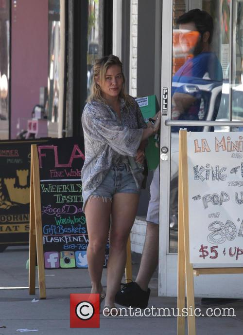 Hilary Duff 8