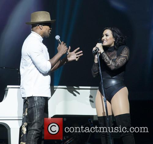 Jamie Foxx and Demi Lovato 8