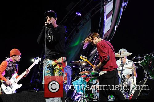 Red Hot Chili Peppers 4