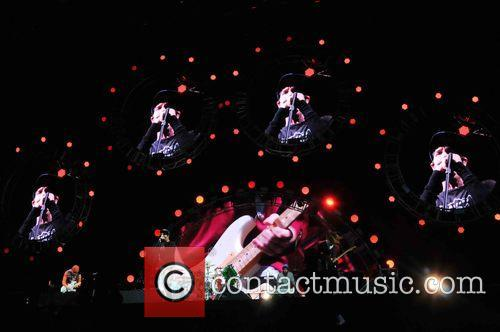 Red Hot Chili Peppers 9