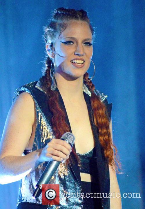 Jess Glynne 2