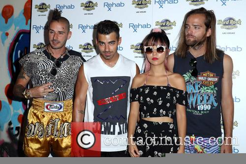 Dnce, Joe Jonas, Jack Lawless, Cole Whittle and Jinjoo Lee 1