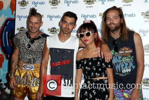 Dnce, Joe Jonas, Jack Lawless, Cole Whittle and Jinjoo Lee 2