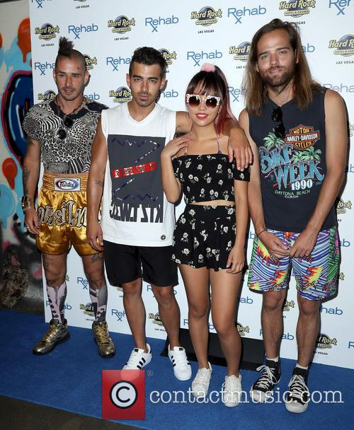 Dnce, Joe Jonas, Jack Lawless, Cole Whittle and Jinjoo Lee 4
