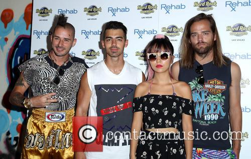 Dnce, Joe Jonas, Jack Lawless, Cole Whittle and Jinjoo Lee 8