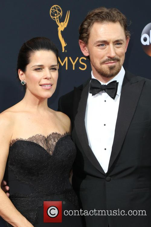Neve Campbell and Jj Feild 4