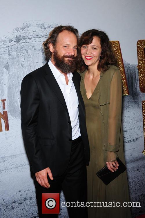 Peter Sarsgaard and Maggie Gyllenhaal 2