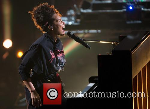 Alicia Keys 10