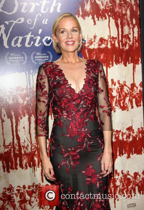 Penelope Ann Miller 11