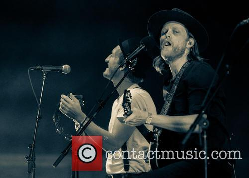 Wesley Schultz, The Lumineers and Jeremiah Fraites 2