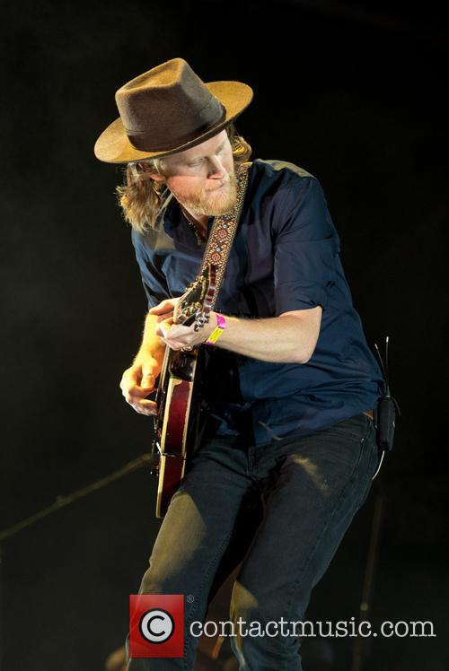 Wesley Schultz and The Lumineers 4