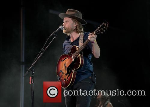 Wesley Schultz and The Lumineers 6