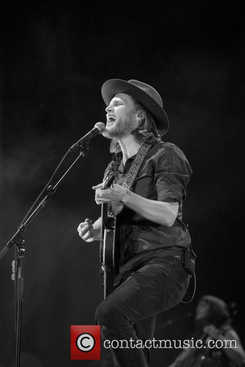 Wesley Schultz and The Lumineers 7