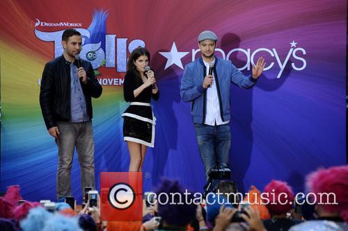 Anna Kendrick and Justin Timberlake 11
