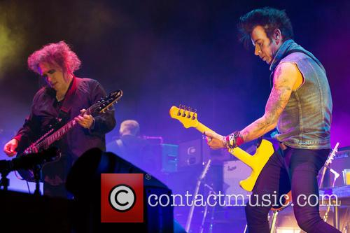 The Cure, Robert Smith and Simon Gallup 10