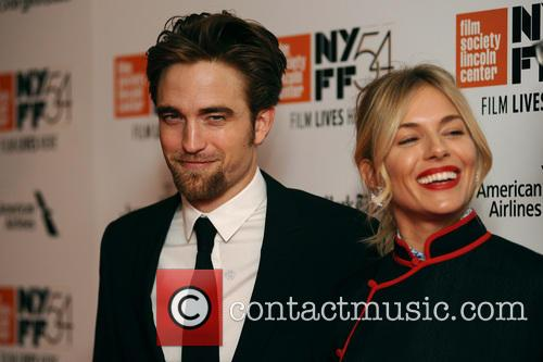 Robert Pattinson and Sienna Miller 8