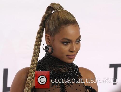 Beyoncé 6