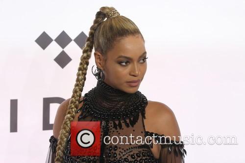Beyoncé 7