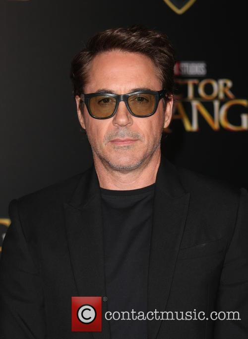 Robert Downey Jr. 6