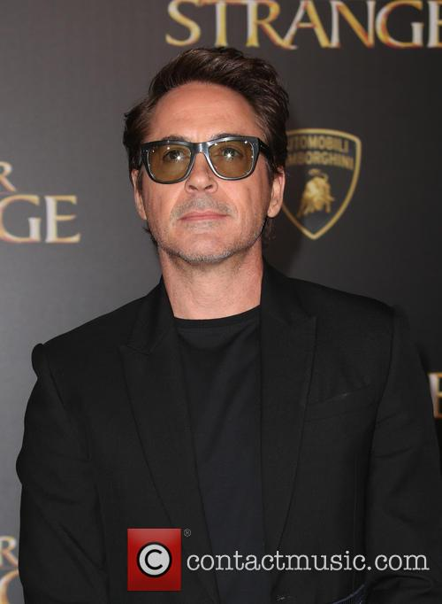 Robert Downey Jr. 9