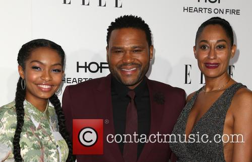 Yara Shahidi, Anthony Anderson and Tracee Ellis Ross 3