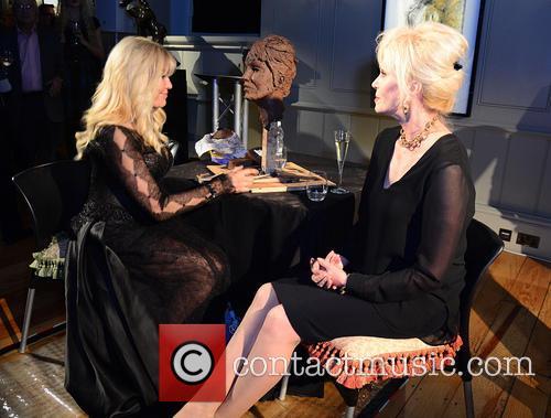 Joanna Lumley 9