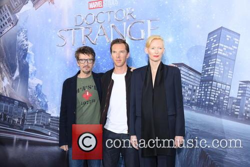 Scott Derrickson, Tilda Swinton and Benedict Cumberbatch 9