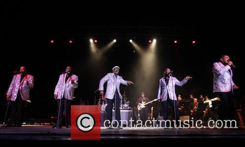 Temptations, Otis Williams, Ron Tyson, Terry Weeks, Larry Braggs and Willie Green 5