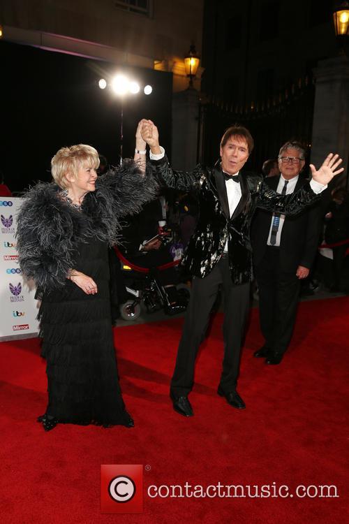 Gloria Hunniford and Cliff Richard 4