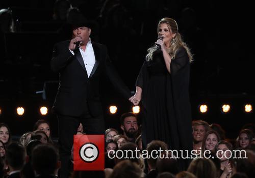 Garth Brooks and Trisha Yearwood 7