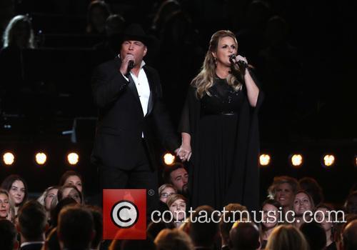 Garth Brooks and Trisha Yearwood 10