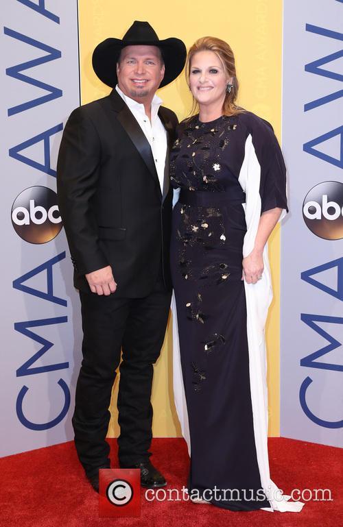Garth Brooks and Trisha Yearwood 1
