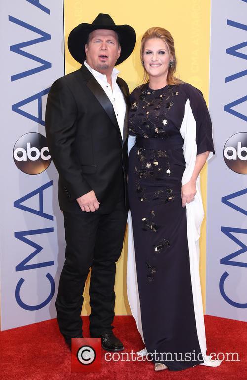 Garth Brooks and Trisha Yearwood 5