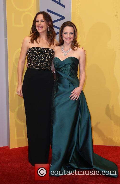 Jennifer Garner and Kimberly Williams-paisley
