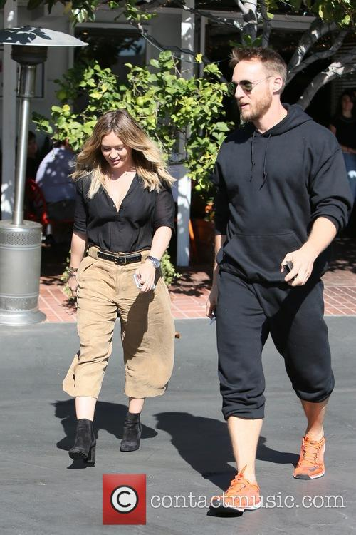 Hilary Duff and Jason Walsh 11