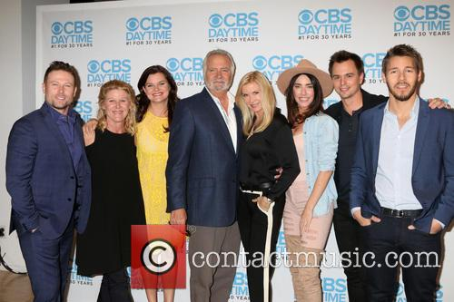 Jacob Young, Alley Mills, Heather Tom, John Mccook, Katherine Kelly Lang, Jacqueline Macinnes Wood, Darin Brooks and Scott Clifton 1
