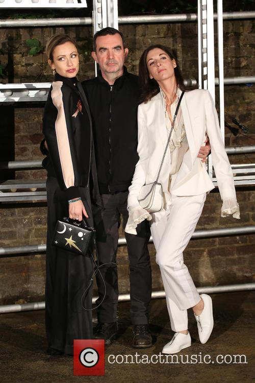 Mary Mccartney, Camilla Al-fayed and Simon Abound 5
